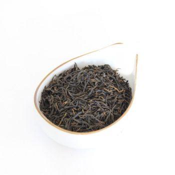Красный чай чжэн шань сяо чжун малый вид с правильных гор