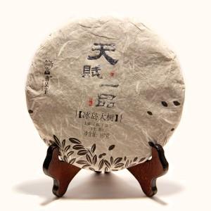 """Шэн пуэр """"Тянь Фу Ипинь Биндао Да Шу"""" 357 г. (2012 г"""