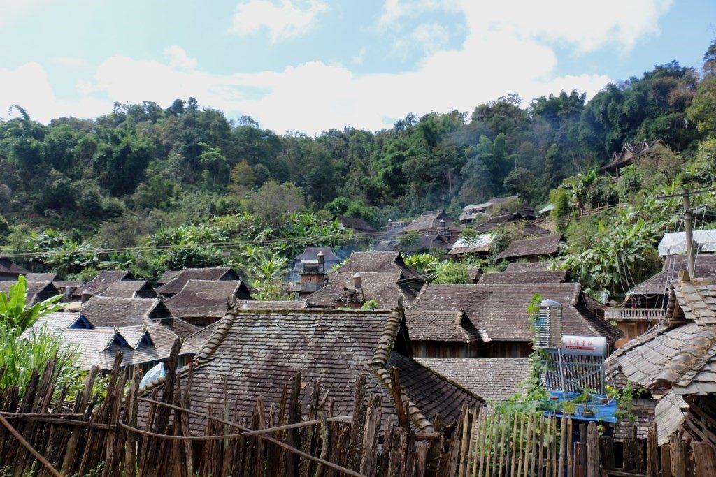 Деревня на горе Цзинмай