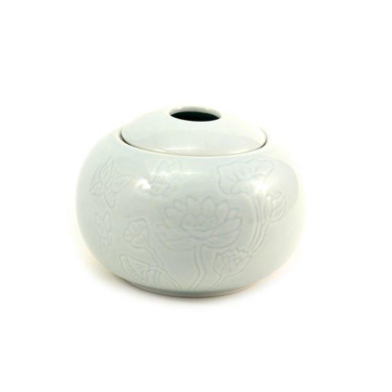 фарфоровая чайница для хранения чая